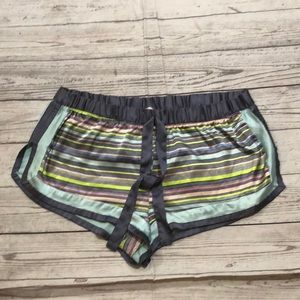 VS PAJAMAS SHORTS GREAT CONDITION SIZE L